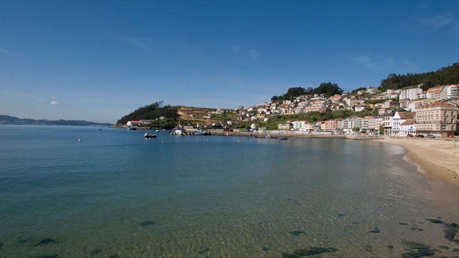 Poio: Praia De Xiorto