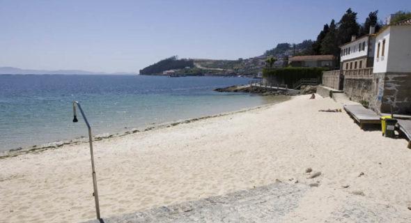 Poio: Playa De Sinás