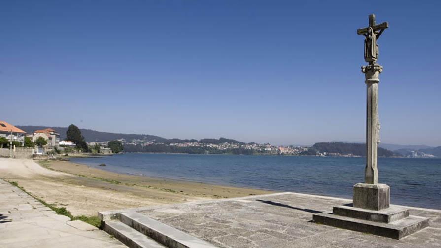 Poio: Praia De Pinela, En Combarro