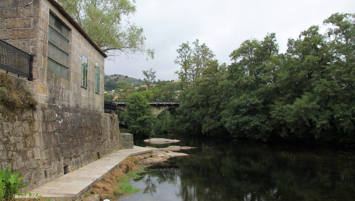 Paseo del río Ponte Caldelas Sendeiro Azul